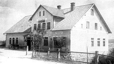 Hostinec a obchod smíšeným zbožím Leo Woldricha v Nových Hutích