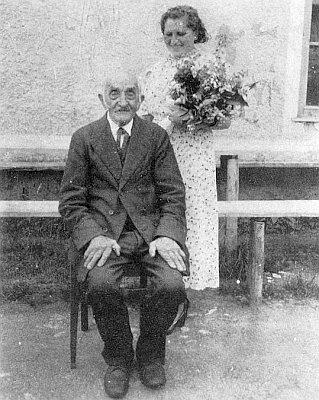 Starý Tomei-Tondl (Domei-Dondl) z Nových Hutí s Idou Pillerovou, provdanou Gerstbergerovou, další z autorek Kohoutího kříže