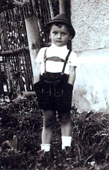 Na snímku neznámého fotografa asi z roku 1944