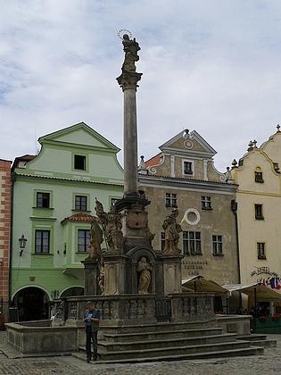 Mariánský sloup na českokrumlovském náměstí