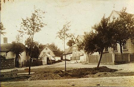 Souměř na snímku z přelomu 19. a 20. století