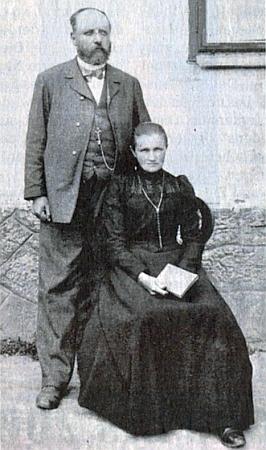 Otec Johann Klier se svou ženou Annou