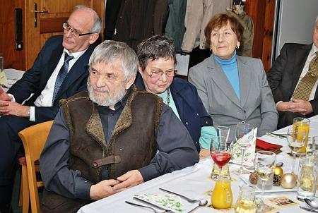 S manželkou při slavnosti v Schönbergu u příležitosti svého ocenění v roce 2012...