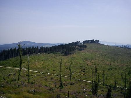 Stejný pohled z července 2012