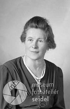 """Seidelův snímek, datovaný 6. ledna 1944 a pořízený najméno """"Zappe Luise, Forsthaus Andreasberg"""""""