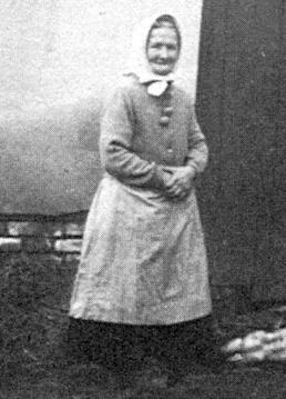 Maminka, když její tři synové, zleva Ferdinand, Franz a Johann, jakož i dcera Maria narukovali do války (viz níže), obhospodařovala 17 hektarů polí a dům sama