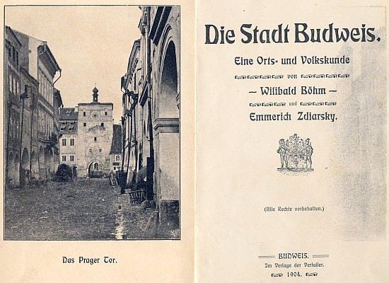 Frontispis a titulní list knihy, jejímž byl spoluautorem (1904), se snímkem někdejší podoby Pražské brány