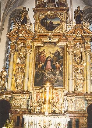 Hlavní oltář kostela sv. Bartoloměje apoštola ve Frymburku