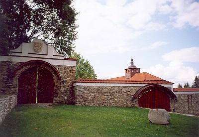 Podlesí dnes i se zachráněnou kaplí svaté Barbory
