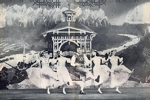 Z českobudějovického provedení (1986) Zellerova Ptáčníka: v hlavní roli Adama Miroslav Veselý, pozdější šéf opery Jihočeského divadla
