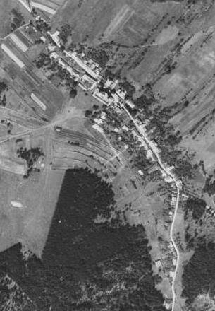 Dobrá Voda u Nových Hradů na leteckých snímcích z let 1952 a 2008