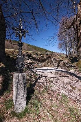 Ruiny kapličky sv. Martina na Zadních Paštích