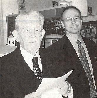 Na snímku je zachycen při otevření výstavy osvém otci Zephyrinu Zettlovi v Šumavském muzeu ve Vídni roku 2007 s jeho vedoucím Dr. Gernotem Peterem