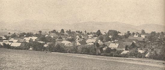 Hodousice (Holletitz), kde se po svatbě usadil, na staré pohlednici