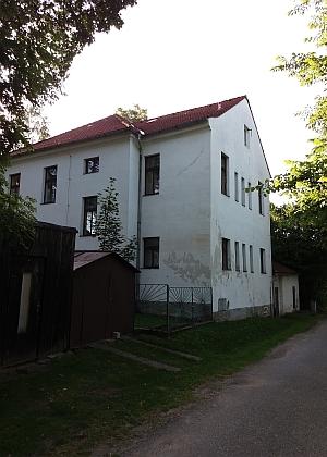 Někdejší škola v Libínském Sedle