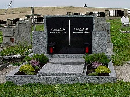 Hrob v Loučné pod Klínovcem