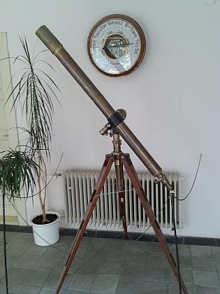 Patřil mu i tento dalekohled, dnes také ve sbírkách Hvězdárny a planetária v Českých Budějovicích