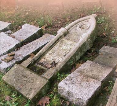 Hřbitov v Červeném Dřevě dnes...