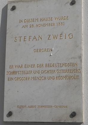 Pamětní deska na rodném domě ve Vídni (Schottenring 14-14A)